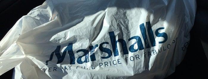 Marshalls is one of สถานที่ที่ Kat ถูกใจ.