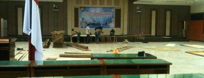 Badan Pendapatan Daerah Provinsi Jawa Timur is one of Government of Surabaya and East Java.