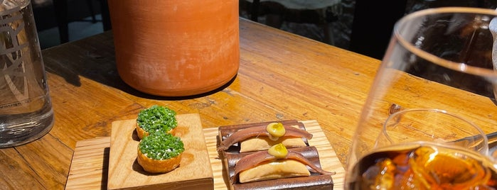 Arima-Basque Gastronomy is one of Tapear por Madrid.