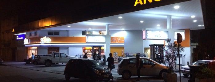 Tienda 360 Pocitos is one of yae.