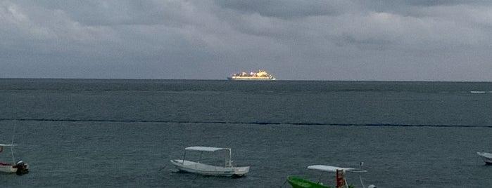 Puerto Morelos is one of Stephania 님이 좋아한 장소.