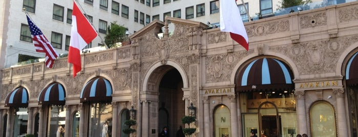 Beverly Wilshire Hotel (A Four Seasons Hotel) is one of SoCal Camp!.