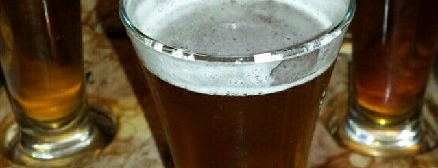 Texas Beer Garden is one of Orte, die Tom gefallen.