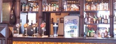 Fuller's Pub is one of Posti che sono piaciuti a Artem.