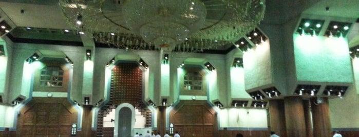Tenim Mescidi is one of Holy Places & Sites of Region Hejaz.