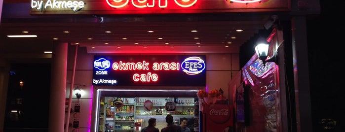 Ekmek Arası Cafe is one of Veni Vidi Vici İzmir 1.