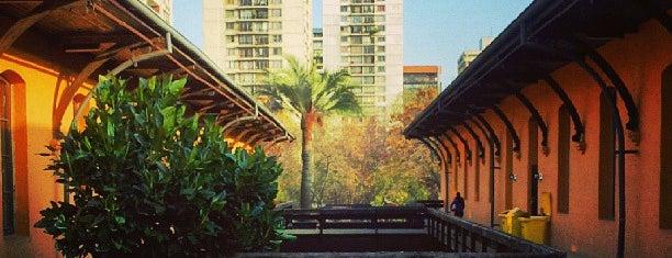 Facultad de Arquitectura y Urbanismo is one of Locais curtidos por Jorge.