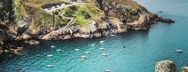 Cléden-Cap-Sizun (Kledenn-ar-C'hab) is one of Bretagne.