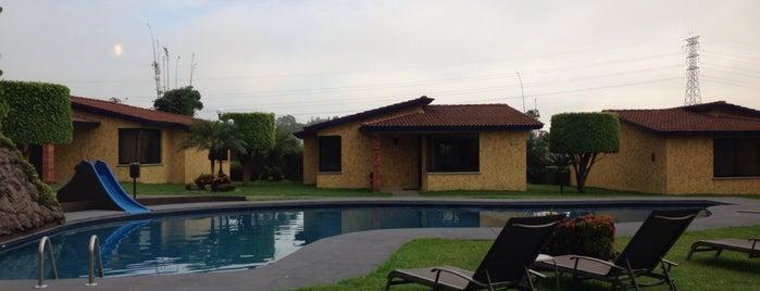 Villas Layfer is one of สถานที่ที่ Emmanuel ถูกใจ.