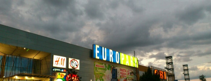 OC Europark is one of Кристинаさんのお気に入りスポット.