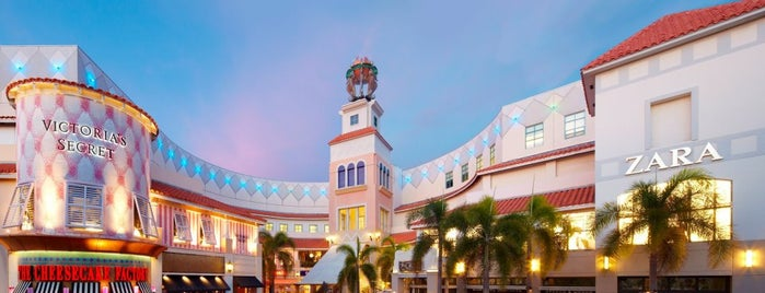 Aventura Mall is one of Best Shopping Spots in Miami.