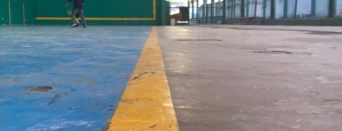 Golden Sport Club is one of Brian 님이 좋아한 장소.