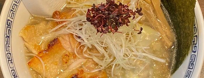 らーめん 稲荷屋 is one of Lieux sauvegardés par Hide.