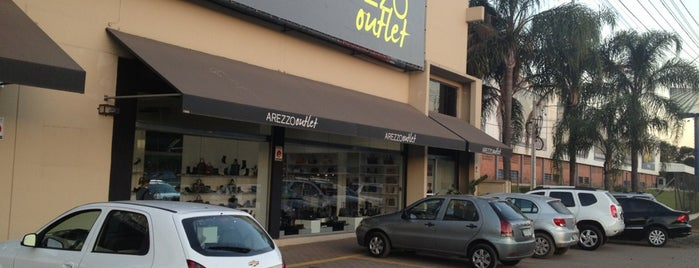 Arezzo Outlet is one of Luciane 님이 저장한 장소.