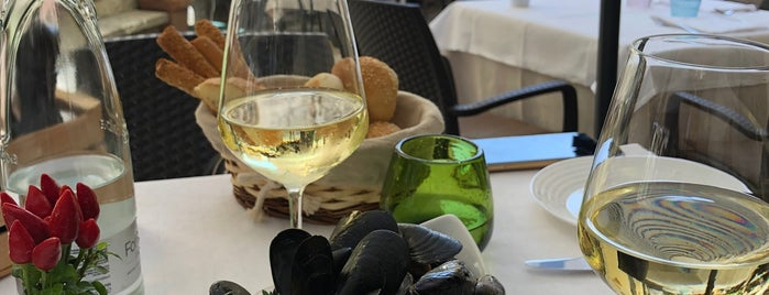 Taverna Al Paladino is one of สถานที่ที่ Denis ถูกใจ.