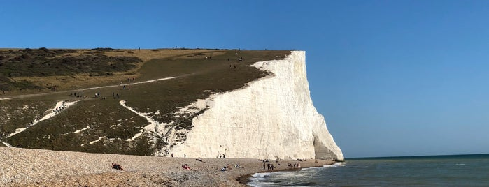 Seven Sisters Cliffs is one of Orte, die Patrick gefallen.