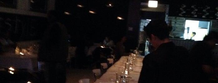 Fleetwood Restaurant and Lounge is one of Locais salvos de NoirSocialite.