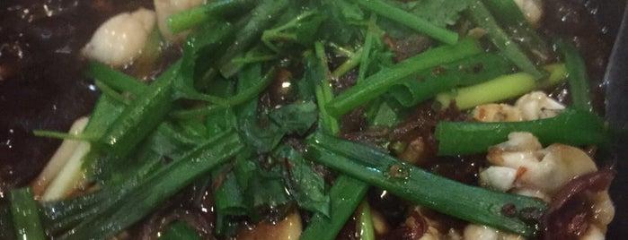 Ming Heang Seafood Restaurant (明香冷气海鲜酒家) is one of Makan.