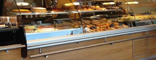 Baks Bakery & Snacks is one of Hasan'ın Beğendiği Mekanlar.
