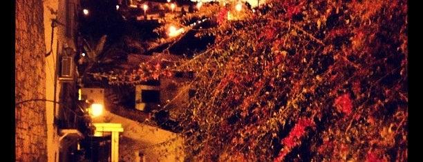 Barrio de Santa Cruz, Alicante is one of Spain.