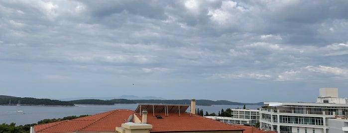 Pharos Bay Hill Hotel Hvar is one of Marcos 님이 좋아한 장소.