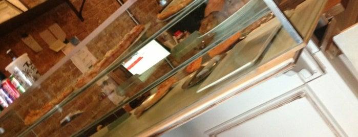 Ramagi Brick Oven Pizza is one of Locais salvos de Rumman.