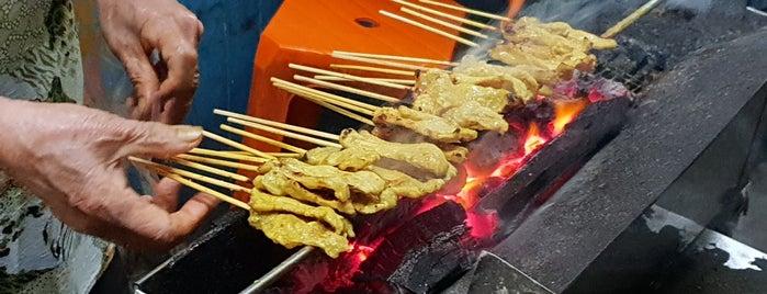 หมูสะเต๊ะ สะพานวันชาติ is one of 03_ตามรอย.