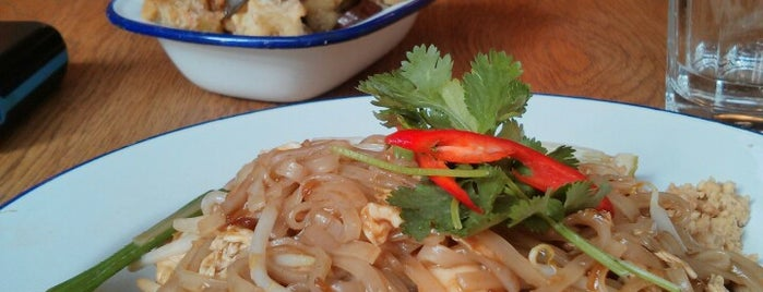 Rosa's Thai Cafe is one of Quintessential London.