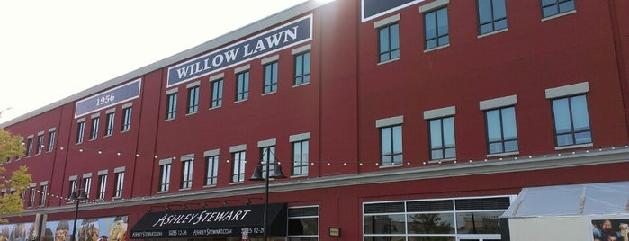 Willow Lawn is one of Mighty 님이 좋아한 장소.
