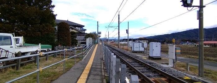 赤木駅 is one of JR 고신에쓰지방역 (JR 甲信越地方の駅).