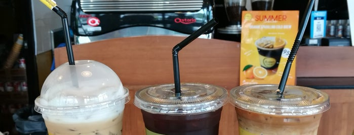 Mingmitr Coffee is one of Tempat yang Disukai phuwa'.