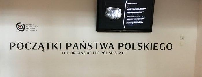 Muzeum Początków Państwa Polskiego is one of Tempat yang Disukai Jus.