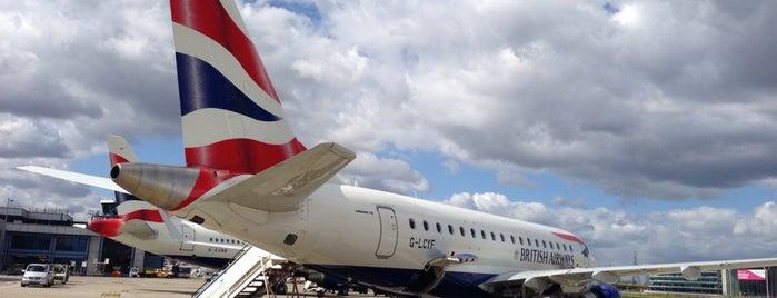 Flughafen London City (LCY) is one of สนามบินนานาชาติ (1).