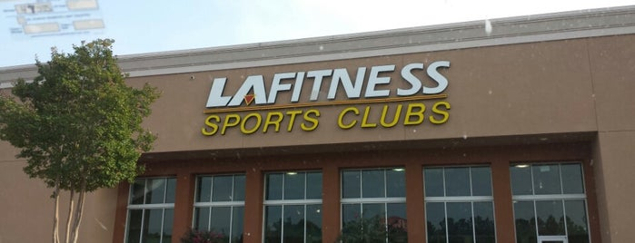 LA Fitness is one of Tempat yang Disukai Pashion.