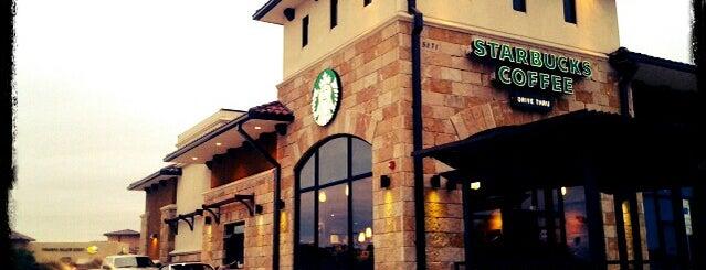 Starbucks is one of Locais curtidos por Claudia.