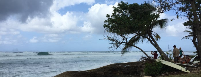 Wilderness Beach is one of PR HOLIDAY.