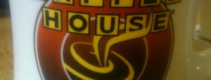 Waffle House is one of Tempat yang Disukai Andy.