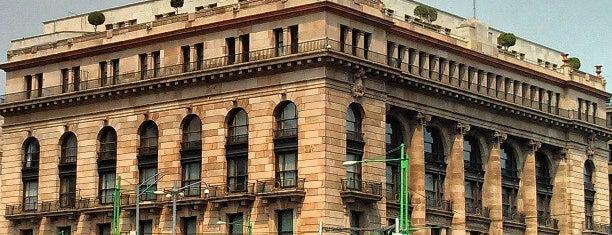 Banco de México is one of สถานที่ที่ Paola Gabriela ถูกใจ.