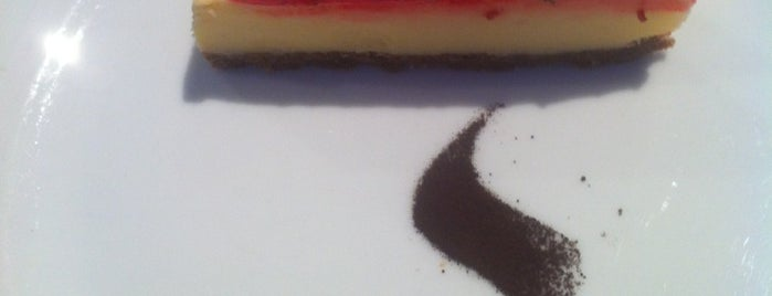 Gimm Café is one of ycard.