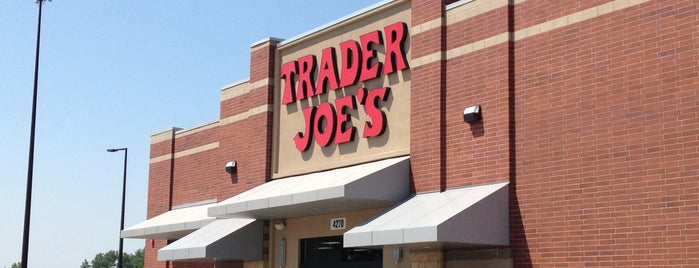 Trader Joe's is one of Orte, die Shannon gefallen.