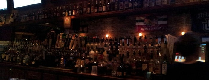 Cortland's Garage is one of chicago's best bars.