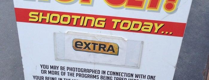 ExtraTV at Universal Studios Hollywood is one of Orte, die Luke gefallen.