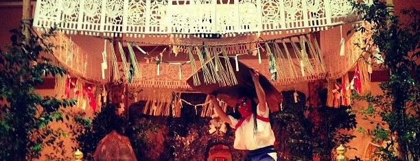Takachiho-jinja Shrine is one of Posti che sono piaciuti a Tanaka.