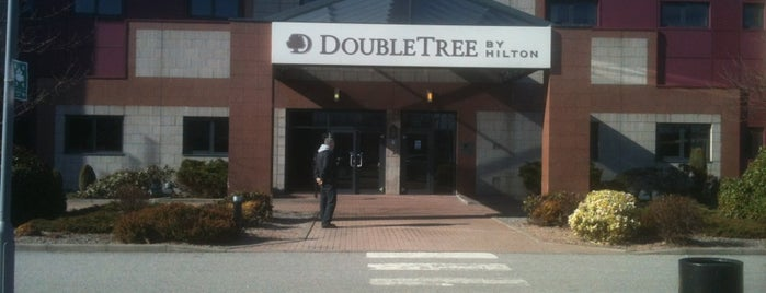 DoubleTree by Hilton Hotel Aberdeen City Centre is one of สถานที่ที่ Amanda ถูกใจ.