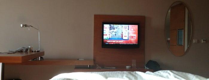 Anemon Hotel is one of aaa'nın Beğendiği Mekanlar.