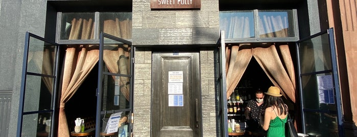 Sweet Polly is one of Bars.