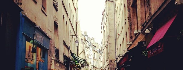 Le Marais is one of Paris 2020.