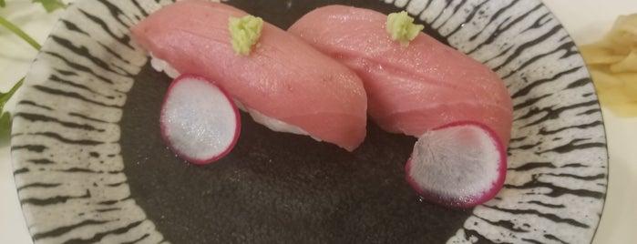 Yoi Sushi Japanese 良日本料理 is one of สถานที่ที่ Mei ถูกใจ.