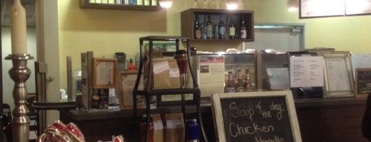 Lost Bean Organic Coffee & Tea is one of M'ın Beğendiği Mekanlar.