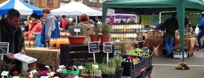Marylebone Farmers' Market is one of London.